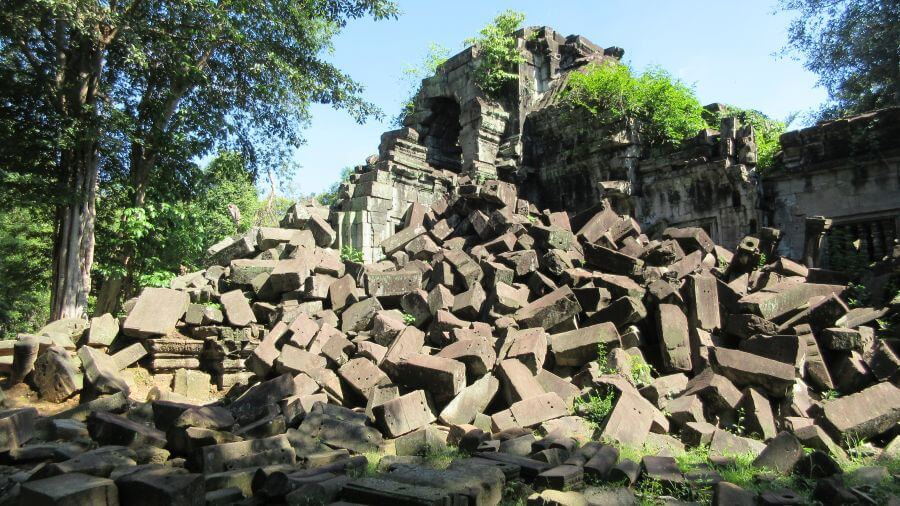 The original entrance Beng Mealea - it is now a big pile of rocks - just as it was discovered. Hill Tribe Travels felt like we had just discovered this temple on our visit to Angkor and Surrounding temples with kids