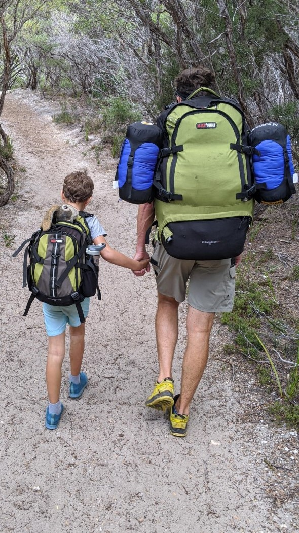Bonding time whilst hiking with kids