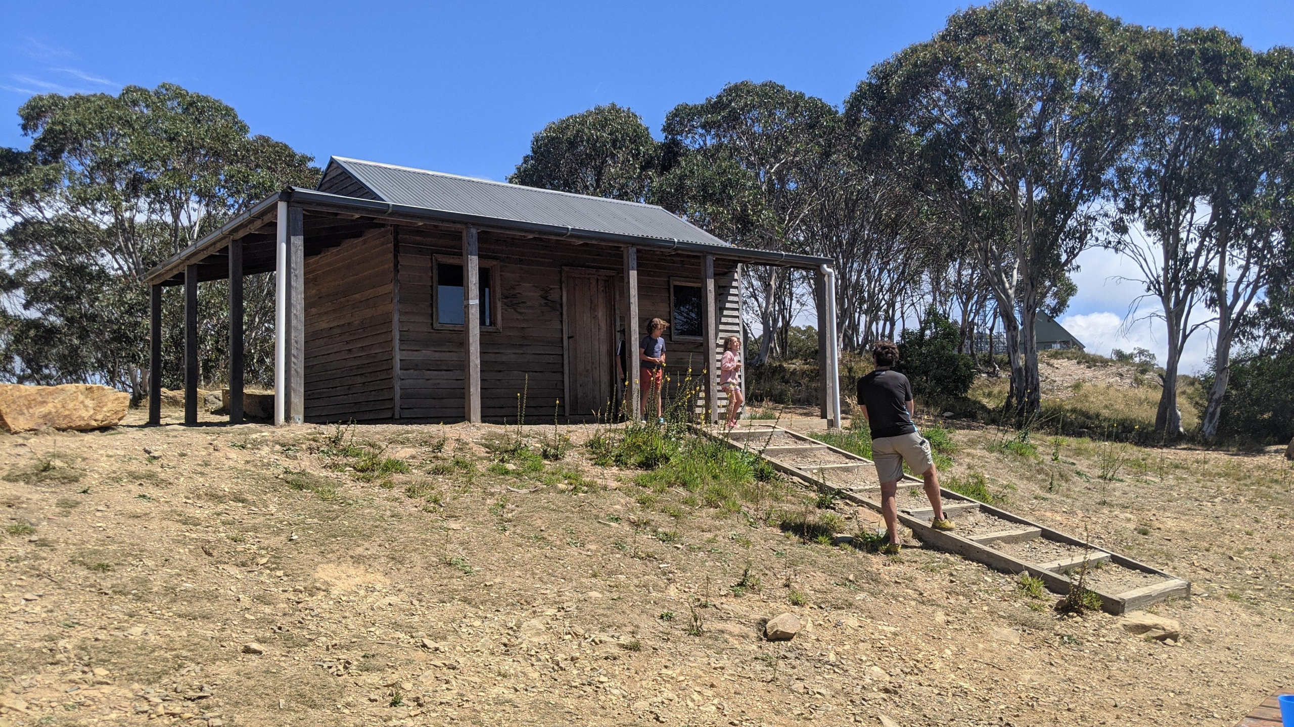 Mt Terrible Hut. Hill Tribe Travels visited Mt Terrible on 4wd tracks from Jamieson Caravan Park