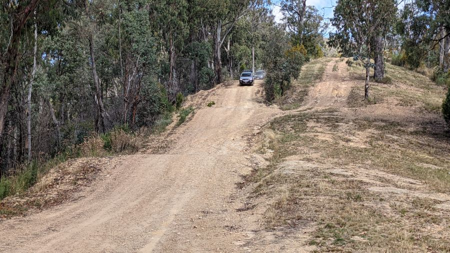 HIll Tribe Travels stayed at the Jamieson Caravan Park. Here is one of the 4wd tracks to Mt Terrible Hut